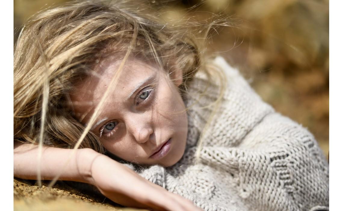 Проблема сухих волос: причины, лечение